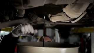 Автосервис AutoLand Моторная 57. Аппаратная замена масла.(, 2012-06-16T14:33:45.000Z)