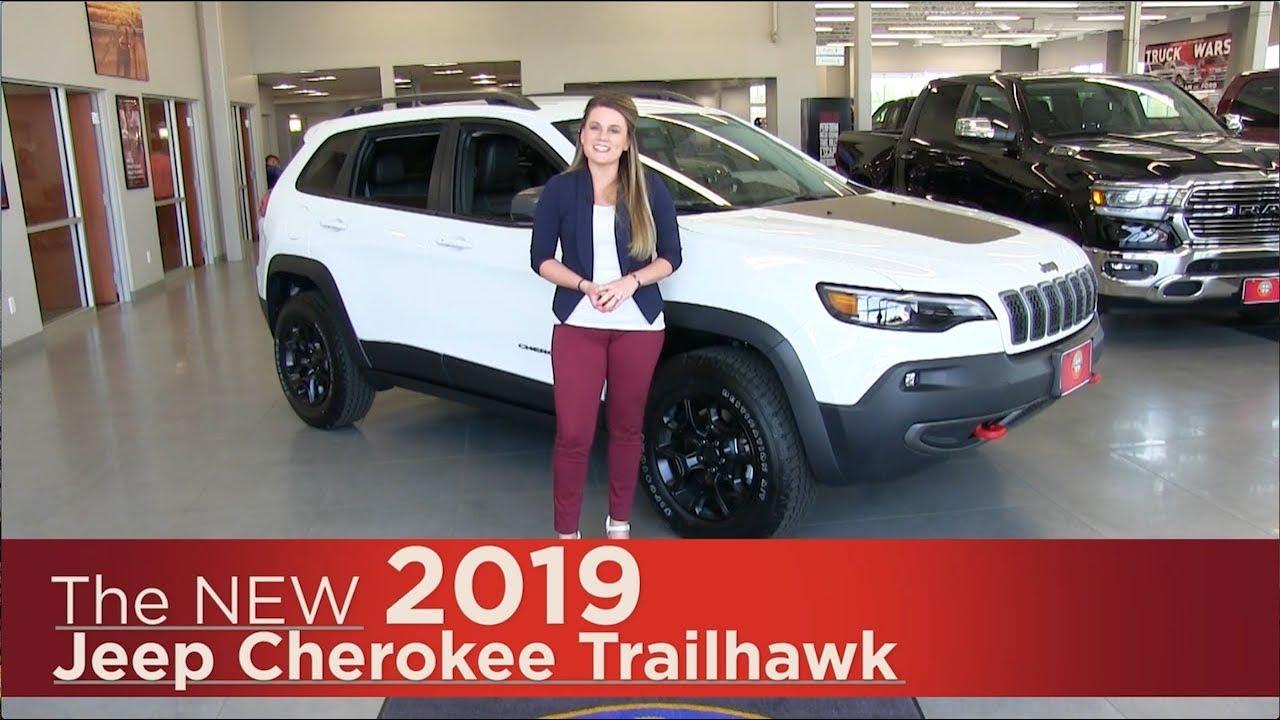 new 2019 jeep cherokee trailhawk minneapolis elk river coon rapids st paul st cloud mn. Black Bedroom Furniture Sets. Home Design Ideas