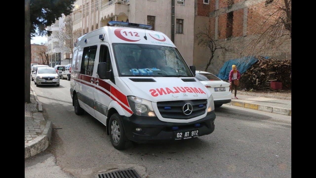 Adıyaman'da Minibüs ile Hafif Ticari Araç çarpıştı 1 yaralı