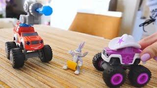 Spielzeugautos - Monster Machines - Blaze und Starla verstecken Geschenke