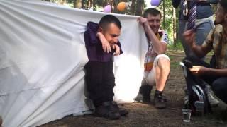 Свадьба Дениса и Лены: Жених собирался на свадьбу