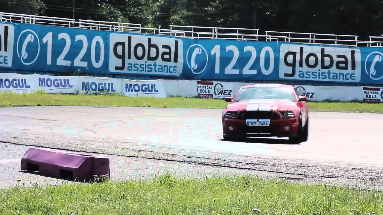 Ford Mustang Shelby GT500 - Radio Dixie Test - YouTube