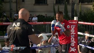 KELL BROOK LOOKING SHARP, STRONG STRAIGHT RIGHT HANDS ON MITTS - BROOK VS SPENCE MEDIA WORKOUT