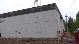 видео Гаражные ворота - предназначение, конструкция и внешний вид