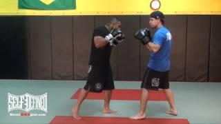 Knee Strike, Beginners MMA Moves – Muay Thai Striking Technique