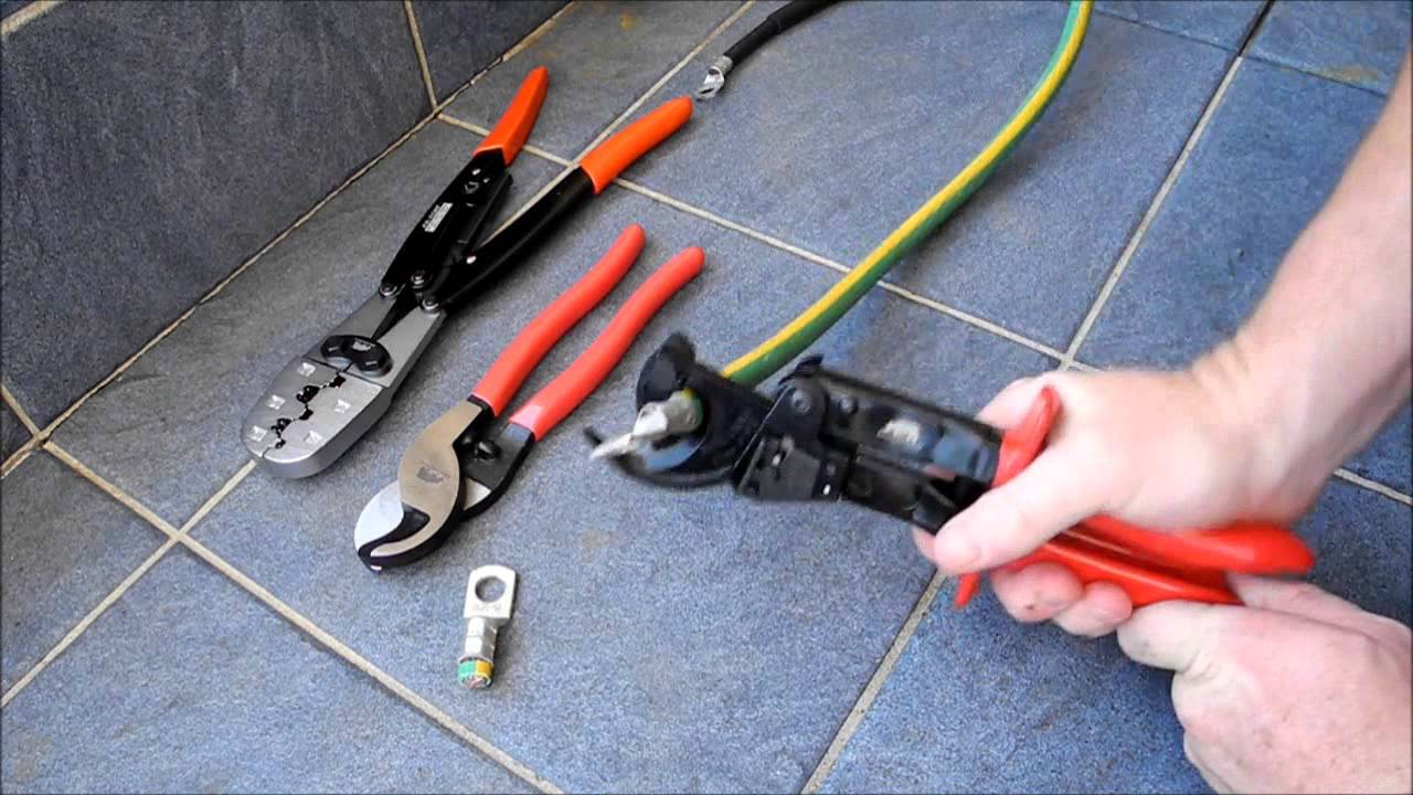 KwikTool  USA Ratcheting Cable Cutter