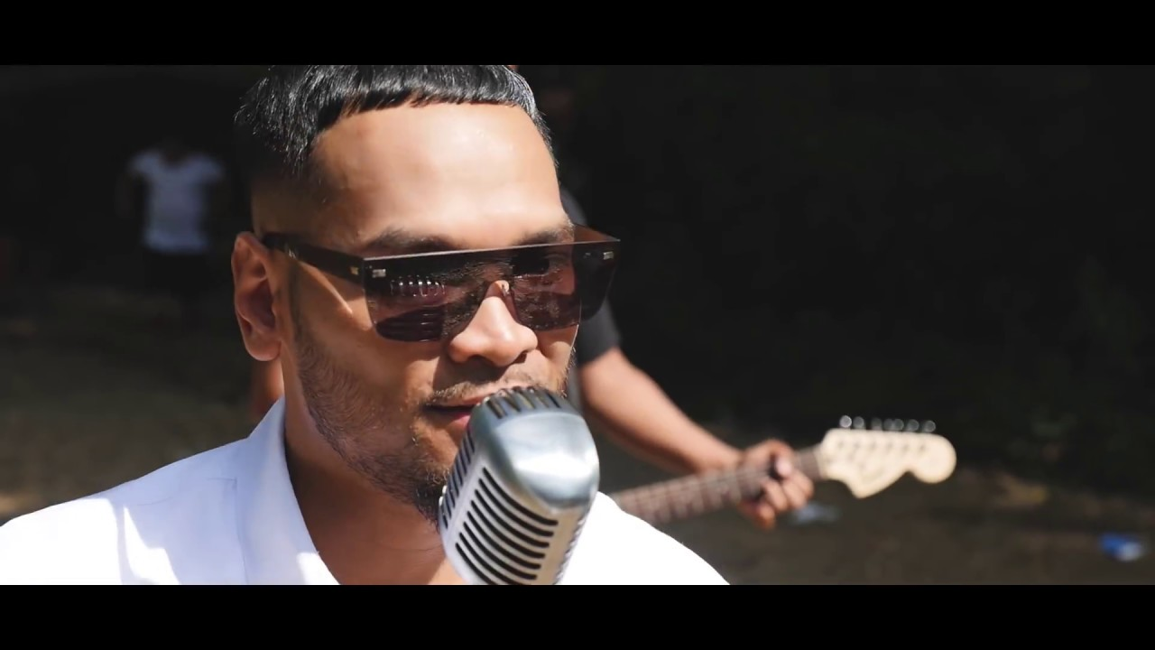 Badassvon - Vil Vinh Mok Oun វិលវិញមកអូន Ft. Vin Vitou (Official MV)