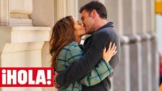 Jennifer Lopez y Ben Affleck, como dos adolescentes en Nueva York entre risas y besos de película