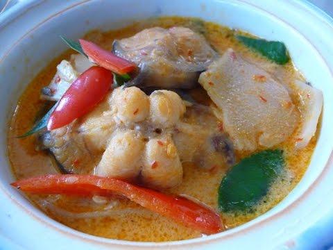 แกงคั่วหน่อไม้ดองกับปลาดุก,Bamboo shoot Curry