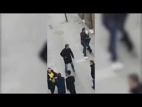 Dos detenidos por una pelea con cuchillos en Barcelona