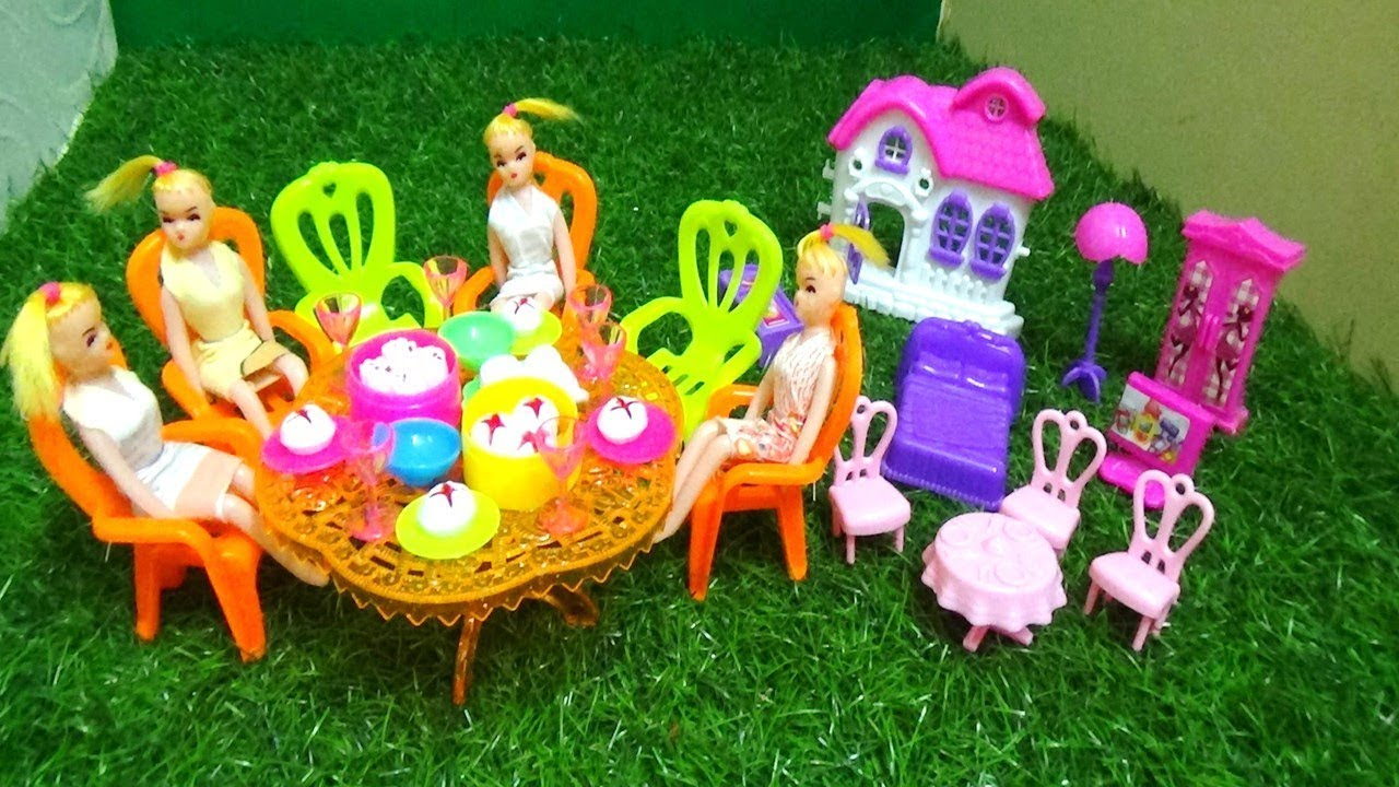 DOLL DINING TABLE SET TOYS WITH BEDROOM SET TOYS FOR KIDS - YouTube