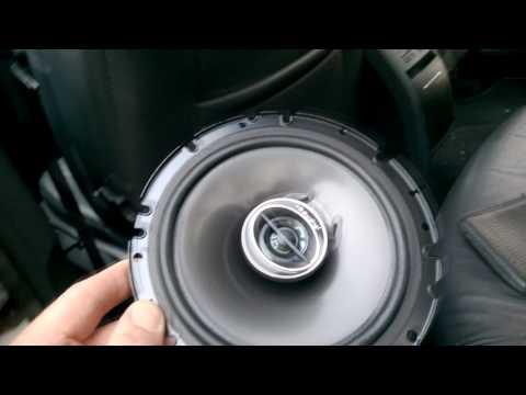 New rear Octavia II 2006 speakers installed