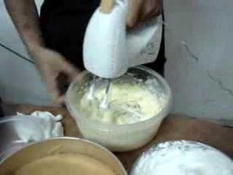 Đánh kem bơ