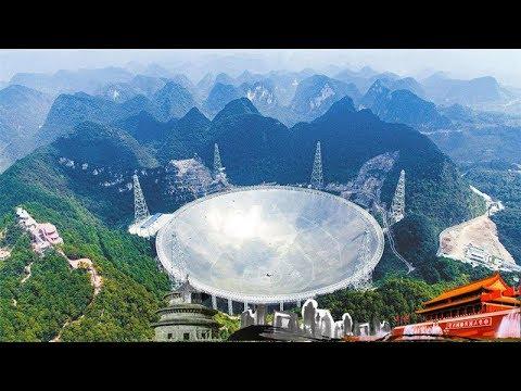 《地理中国》 天坑秘境·神坑的奥秘 村民跌落神坑 意外发现石蛋 20180725 | CCTV科教