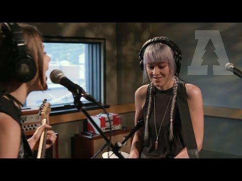 Larkin Poe - Trouble In Mind - Audiotree Live (1 of 4) Mp3