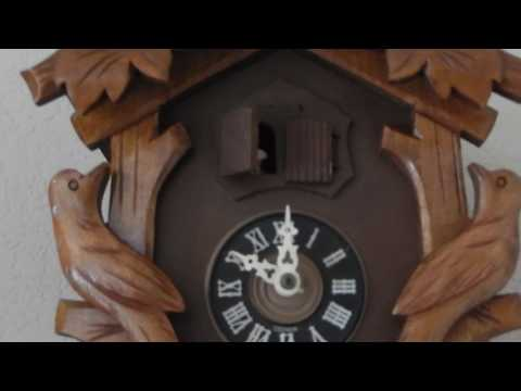 1970's Black Forest Musical Cuckoo Clock Demo
