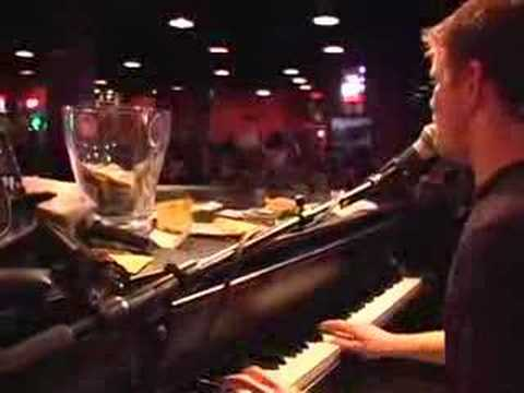 Shout House Dueling Pianos Minneapolis