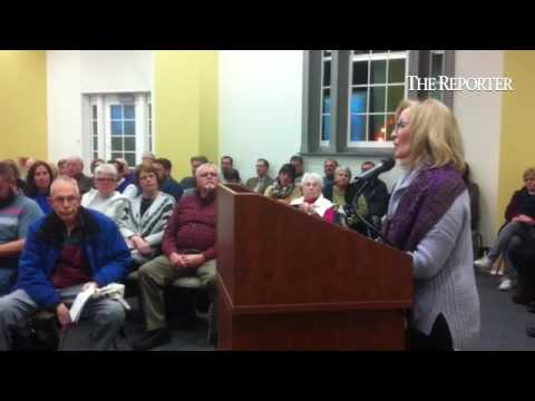 Lansdale Montessori School owner Michelle Santacroce thanks borough council for January business of