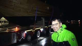 """Römerschiff """"Laurons II"""" zur Mosel transportiert"""