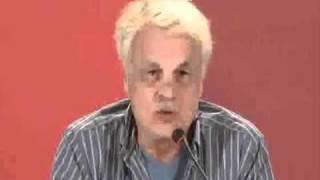Michele Placido in conferenza stampa: in parlamento c'è di peggio di vallanzasca!