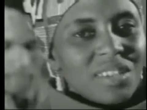 Miriam Makeba - Khawuleza (LIVE)
