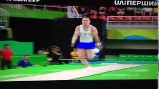 Игорь Радивилов на опорном прыжке