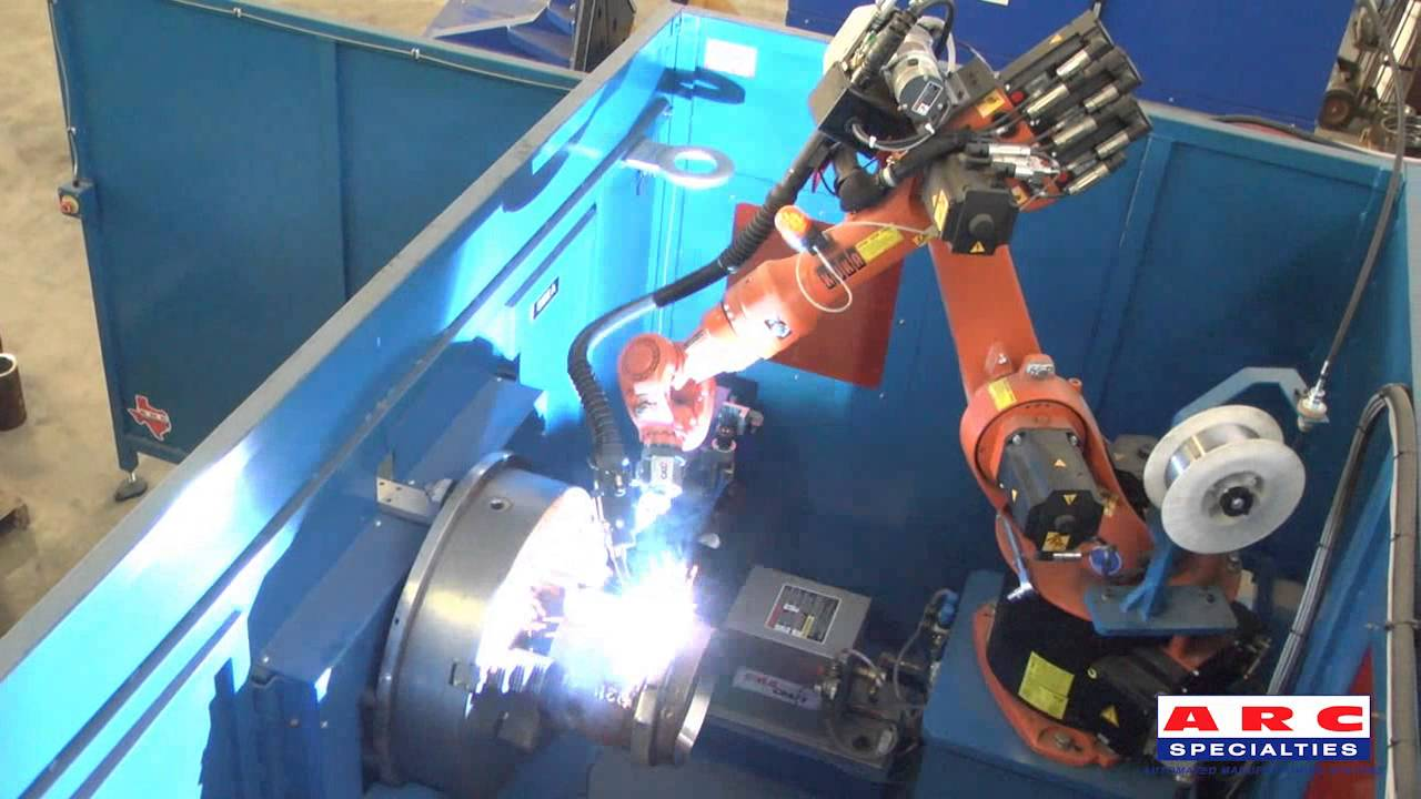 Robotic Fluxcore Welding of Pipe Couplings - YouTube