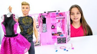 Barbie kıyafet alışverişinde. Barbie ve Ken oyunları
