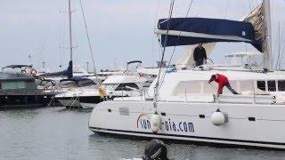 Hauling out Catamaran 50 Feet