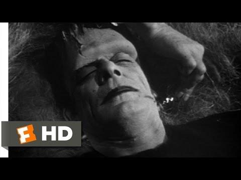 Dracula Wakes Frankenstein Scene (4/11) Abbott And Costello Meet Frankenstein Movie (1948) - HD