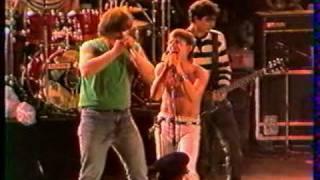 TELEPHONE Live 'le vaudou' avec Pat HANNAK (harmonica) Arlon 1984