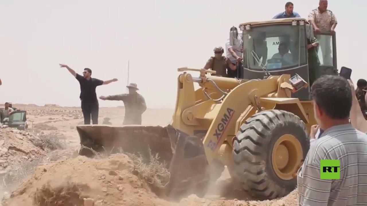 ليبيا.. رئيس حكومة الوحدة الوطنية عبدالحميد الدبيبة يقود جرافة ويفتح الطريق الساحلي  - نشر قبل 10 ساعة