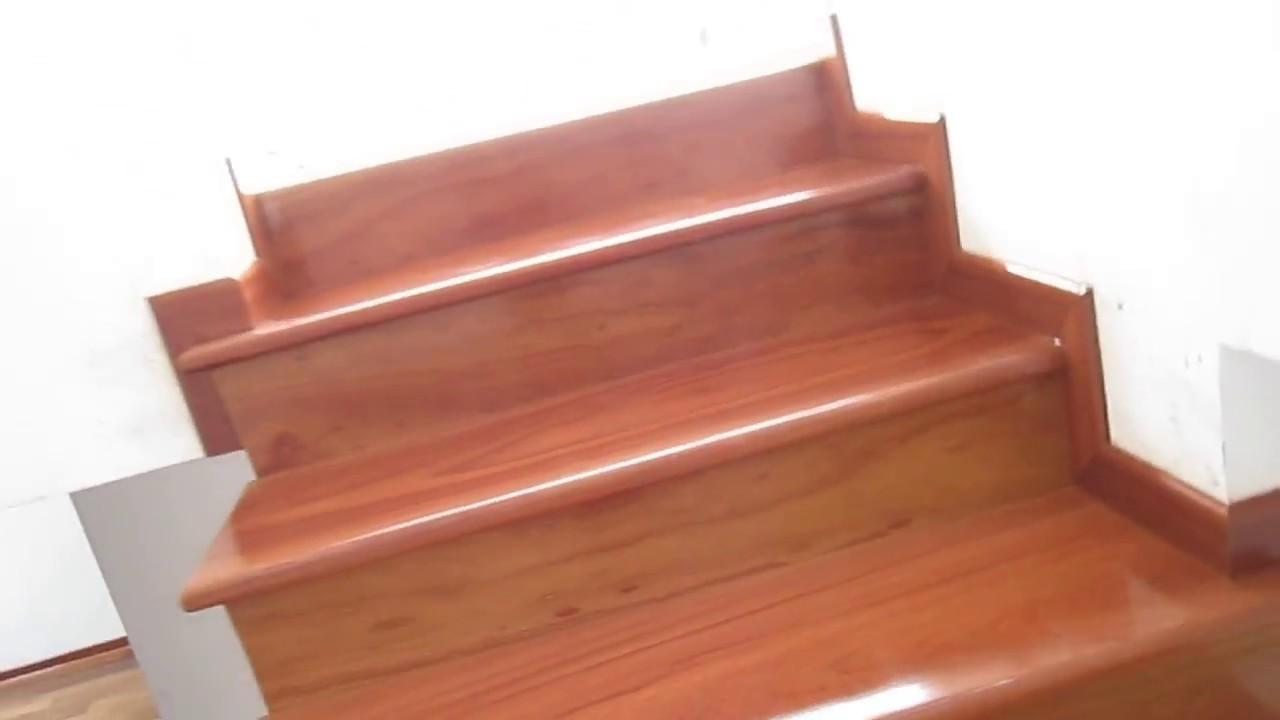 Escalera de madera de shihuahuaco rpc 951816019 fijo for Escalera de madera 5 pasos