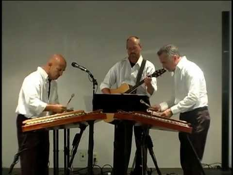 String Fever performance of La Partita at South Holland Library