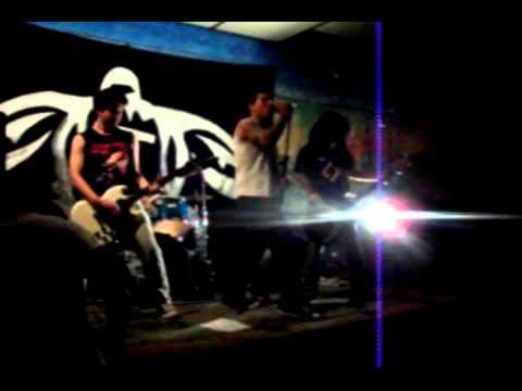 Ruído 74 - Shenna is a punk rocker e Mental hell mp3