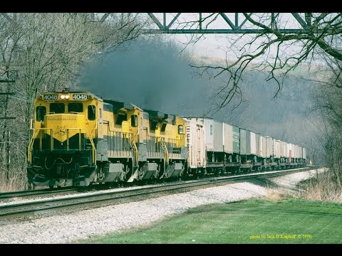 NYS&W B40's on CSX Q136-Q135 for a short time in 1990 on the ex-B&O Keystone sub. Travel Video