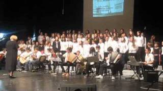 Tuzlarije.net Hor i orkestar Osnovne skole Centar - Reci Bosno ljubavi
