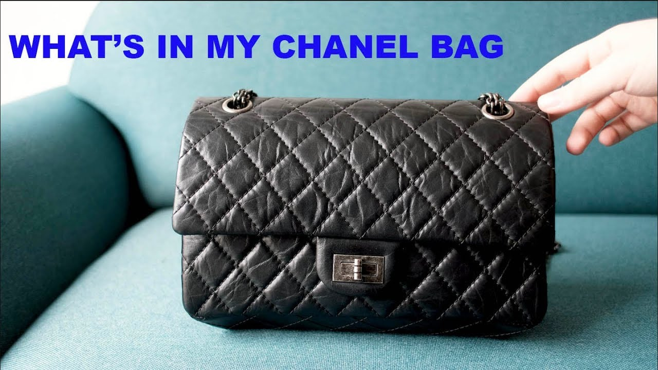bde58f6b301af6 WHATS IN MY CHANEL BAG AND WEAR AND TEAR UPDATE11 - YouTube