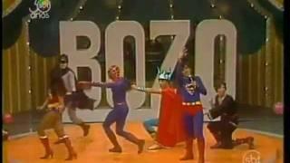 Super Heróis - Somos Todos Super Amigos (no Bozo)