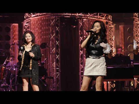 鍾珍妮 / 鍾安妮 - Kowloon Hong Kong & Ding Dong Song (鄭錦昌輝煌歲月演唱會)