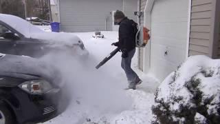 Вместо снегоуборщика воздуходувка Blower Stihl BR