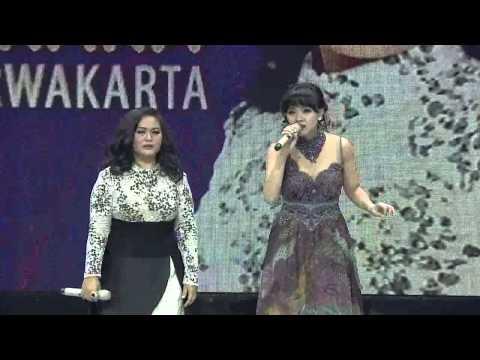 Winda Viska Nyinden Bareng Kiki - Gerbang KDI 2015 (7/4)