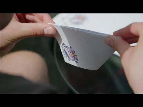 Video | Dünyanın dört bir yanından gelen kağıt uçak ustaları Avusturya'da yarıştı
