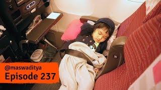 Serunya Naik Pesawat ke Tokyo
