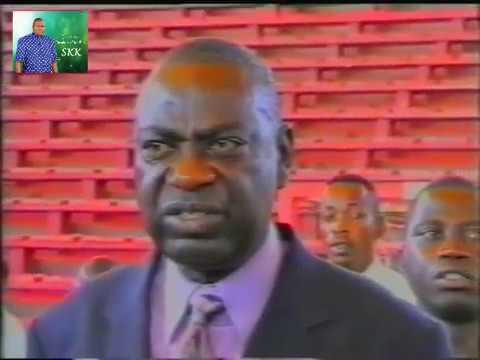 Sejour Papa SKK à Luanda le 18 11 2003