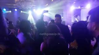 Video Kavinga Perera Wedding Dance   කාවිංගගේ මංගල සාදයේදී යාළුවො ටික එකතු වෙලා කාවිංගට කරපු දේ download MP3, 3GP, MP4, WEBM, AVI, FLV Juni 2018