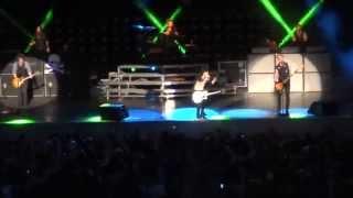 Green Day Live In Berkeley , California 2013 . Holiday - Boulevard Of Broken Dreams.
