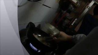 Publication Date: 2016-05-01 | Video Title: 佛教沈香林紀念中學的同學與油尖旺食物銀行在尼泊爾印度教廟煮晚