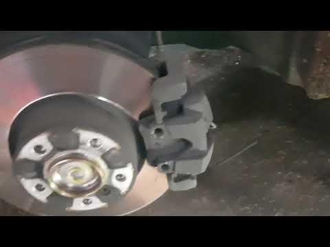 how to replace brake sensor   Reset brake warning BMW X4 2018 Full HD 1080p