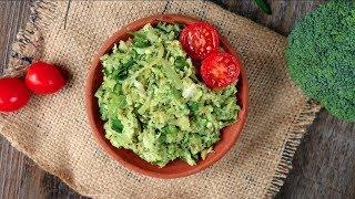 ব্রকলি ভর্তা মাছ দিয়ে   Broccoli Vorta   Bangladeshi Broccoli Vorta   Mashed Broccoli With Fish